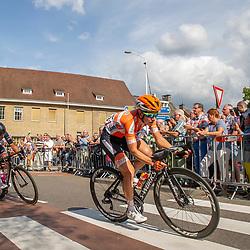 31-08-2018: Wielrennen: Ladies Tour: Weert<br /> Bij de tweede doorkomst in Weert is de koploopster ingelopen en voeren Amy Pieters en Lisa Brennauer het peloton aan
