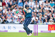 Picture by Allan McKenzie/SWpix.com - 19/05/2019 - Sport - Cricket - 5th Royal London One Day International - England v Pakistan - Emerald Headingley Cricket Ground, Leeds, England - England's Joe Root pulls a delivery against Pakistan.