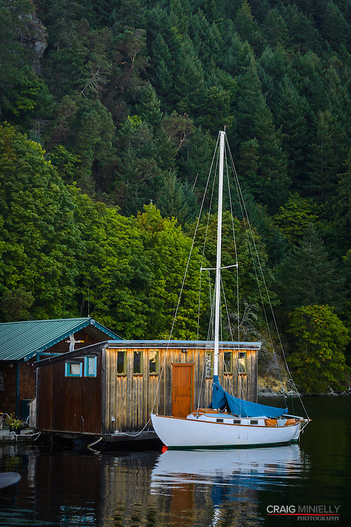 On the Docks - Genoa Bay Pictorial
