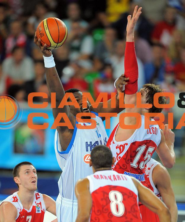 DESCRIZIONE : Bydgoszcz Poland Polonia Eurobasket Men 2009 Qualifying Round Grecia Russia Greece Russia<br /> GIOCATORE : Sofoklis Schortsanitis<br /> SQUADRA : Grecia Greece<br /> EVENTO : Eurobasket Men 2009<br /> GARA : Grecia Russia Greece Russia <br /> DATA : 13/09/2009 <br /> CATEGORIA :<br /> SPORT : Pallacanestro <br /> AUTORE : Agenzia Ciamillo-Castoria/T.Wiedensohler<br /> Galleria : Eurobasket Men 2009 <br /> Fotonotizia : Bydgoszcz Poland Polonia Eurobasket Men 2009 Qualifying Round Grecia Russia Greece Russia<br /> Predefinita :