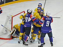 11.05.2013, Globe Arena, Stockholm, SWE, IIHF, Eishockey WM, Schweden vs Slowenien, im Bild fight Sverige Sweden 1 Goalkeeper Jhonas Enroth Sverige Sweden 19 Calle Järnkrok Slovenia (Slovenien) 9 Tomaz Razingar // during the IIHF Icehockey World Championship Game between Sweden and Slovenia at the Ericsson Globe, Stockholm, Sweden on 2013/05/11. EXPA Pictures © 2013, PhotoCredit: EXPA/ PicAgency Skycam/ Simone Syversson..***** ATTENTION - OUT OF SWE *****