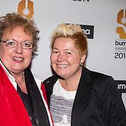 NLD/Hilversum//20140318 - Inloop Buma Awards 2014, Astrid Nijgh en partner Louise Dita