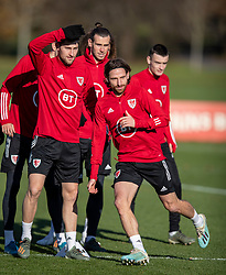 CARDIFF, WALES - Monday, November 18, 2019: Wales' Joe Allen during a training session at the Vale Resort ahead of the final UEFA Euro 2020 Qualifying Group E match against Hungary. (Pic by David Rawcliffe/Propaganda)