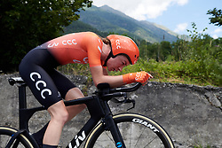 Riejanne Markus (NED) during Stage 6 of 2019 Giro Rosa Iccrea, a 12.1 km individual time trial from Chiuro to Teglio, Italy on July 10, 2019. Photo by Sean Robinson/velofocus.com