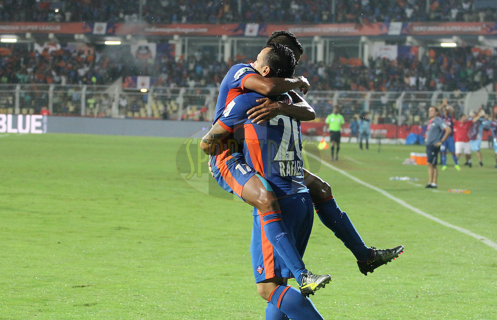Rafael Coelho of FC Goa celebrates a goal with his teammate during match 8 of the Indian Super League (ISL) season 3 between FC Goa and FC Pune City held at the Fatorda Stadium in Goa, India on the 8th October 2016.<br /> <br /> Photo by Vipin Pawar / ISL/ SPORTZPICS