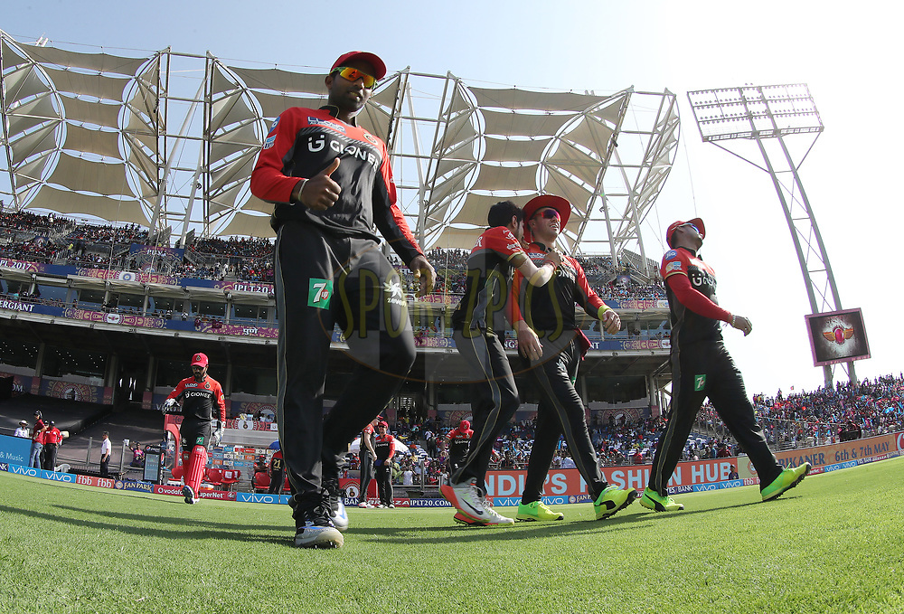 RCB take to the field during match 34 of the Vivo 2017 Indian Premier League between the Rising Pune Supergiants and the Royal Challengers Bangalore   held at the MCA Pune International Cricket Stadium in Pune, India on the 29th April 2017<br /> <br /> Photo by Ron Gaunt - Sportzpics - IPL