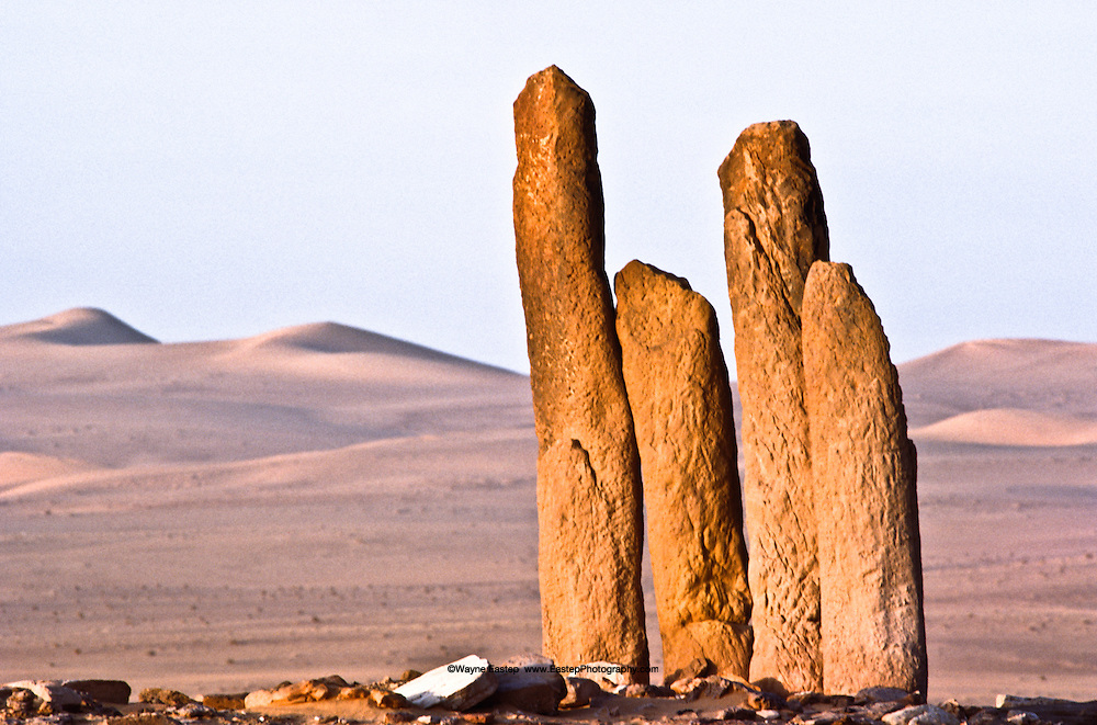 At Rajajil in the north of Saudi Arabia, clusters of commemorative stones, recalling England's Stonehenge, face the sun.