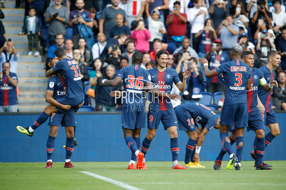 Kylian Mbappe (PSG) scored the second goal and celebrated it with Angel Di Maria (PSG), Edinson Roberto Paulo Cavani Gomez (El Matador) (El Botija) (Florestan) (PSG), Neymar da Silva Santos Junior - Neymar Jr (PSG), Presnel Kimpembe (PSG), Thiago Silva (PSG), Thomas Meunier (PSG) during the French championship L1 football match between Paris Saint-Germain (PSG) and SCO Angers, on August 25th, 2018 at Parc des Princes Stadium in Paris, France - Photo Stephane Allaman / ProSportsImages / DPPI