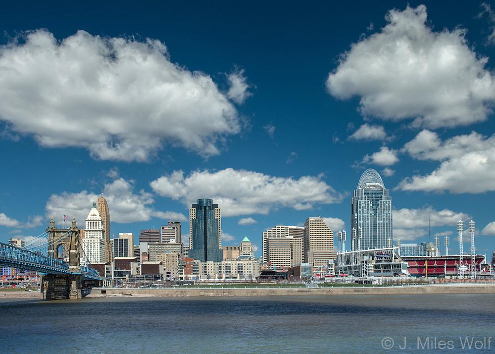 Cincinnati Skyline in the daytime with Roebling Bridge