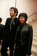ALEX JAMES AND BETTY BOOTH, Art Plus Music party. Fundraiser for the Whitechapel. 30 March 2006. ONE TIME USE ONLY - DO NOT ARCHIVE  © Copyright Photograph by Dafydd Jones 66 Stockwell Park Rd. London SW9 0DA Tel 020 7733 0108 www.dafjones.com
