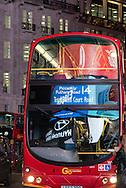 London. UK Piccadilly Circus area/ Londres . Grande Bretagne. Quartier de PIccadilly