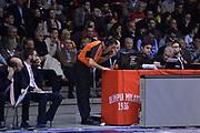 DESCRIZIONE : Desio Eurolega Euroleague 2014-15 EA7 Emporio Armani Milano Panathinaikos Atene<br /> GIOCATORE : arbitro refero<br /> CATEGORIA : referee arbitro instant replay<br /> SQUADRA : arbitro refero<br /> EVENTO : Eurolega Euroleague 2014-2015<br /> GARA : EA7 Emporio Armani Milano Panathinaikos Atene<br /> DATA : 11/12/2014<br /> SPORT : Pallacanestro <br /> AUTORE : Agenzia Ciamillo-Castoria/S.Ceretti<br /> Galleria : Eurolega Euroleague 2014-2015<br /> Fotonotizia : Desio Eurolega Euroleague 2014-15 EA7 Emporio Armani Milano Panathinaikos Atene<br /> Predefinita :
