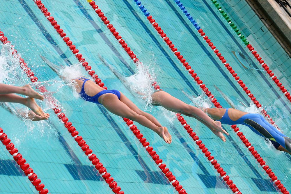 Belo Horizonte_MG, Brasil...Nadadoras na eliminatoria mundial de natacao 2006. ..Swimmers in the World Swimming 2006...Foto: LEO DRUMOND / NITRO