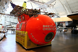 10.01.2016, Steven F. Udvar-Hazy, Chantilly, USA, National Air and Space Museum, im Bild In dieser Kapsel umkreiste Bertrand Piccard zusammen mit Brian Jones als erster Mensch die Erde in einem Ballon. Foto: Hundt/Eibner-Pressefoto // Exhibits of the American National Air and Space Museum at the Steven F. Udvar-Hazy in Chantilly, United States on 2016/01/10. EXPA Pictures © 2016, PhotoCredit: EXPA/ Eibner-Pressefoto/ Hundt<br /> <br /> *****ATTENTION - OUT of GER*****