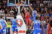 DESCRIZIONE : Campionato 2014/15 Dinamo Banco di Sardegna Sassari - Olimpia EA7 Emporio Armani Milano Playoff Semifinale Gara6<br /> GIOCATORE : MarShon Brooks<br /> CATEGORIA : Tiro Penetrazione Sottomano Controcampo<br /> SQUADRA : Olimpia EA7 Emporio Armani Milano<br /> EVENTO : LegaBasket Serie A Beko 2014/2015 Playoff Semifinale Gara6<br /> GARA : Dinamo Banco di Sardegna Sassari - Olimpia EA7 Emporio Armani Milano Gara6<br /> DATA : 08/06/2015<br /> SPORT : Pallacanestro <br /> AUTORE : Agenzia Ciamillo-Castoria/L.Canu