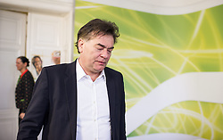 15.04.2014, Presseraum der Gruenen, Wien, AUT, Gruene, Pressekonferenz zum Thema: Hypo-U-Ausschuss und Minderheitsrechte. im Bild Stv. Klubobmann und Budgetsprecher der Gruenen Werner Kogler // Assistant-leader and budgetary speaksman of the greens Werner Kogler during press conference about committee of enquiry regarding Hypo Alpe Adria at Press Room of the greens in Vienna, Austria on 2014/04/15. EXPA Pictures © 2014, PhotoCredit: EXPA/ Michael Gruber