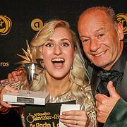 NLD/Amsterdam/20191009 - Uitreiking Gouden Televizier Ring Gala 2019, Britt Dekker en Ron Boszhard met hun zilveren ster