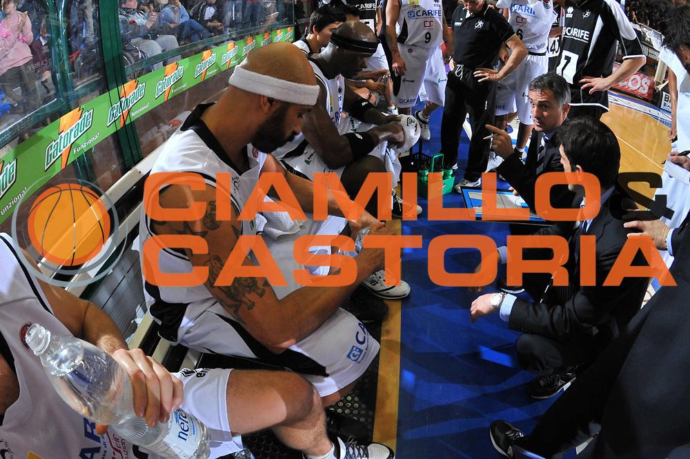 DESCRIZIONE : Ferrara Lega A 2009-10 Basket Carife Ferrara NGC Cant&ugrave;<br /> GIOCATORE : Team Ferrara Timeout<br /> SQUADRA : Carife Ferrara<br /> EVENTO : Campionato Lega A 2009-2010<br /> GARA : Carife Ferrara NGC Cant&ugrave;<br /> DATA : 20/12/2009<br /> CATEGORIA : Timeout<br /> SPORT : Pallacanestro<br /> AUTORE : Agenzia Ciamillo-Castoria/M.Gregolin<br /> Galleria : Lega Basket A 2009-2010 <br /> Fotonotizia : Ferrara Campionato Italiano Lega A 2009-2010 Carife Ferrara NGC Cant&ugrave;<br /> Predefinita :