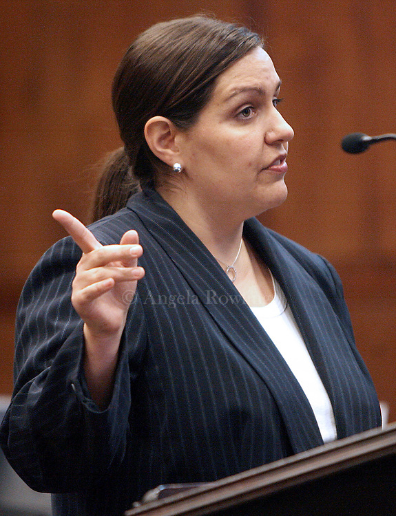 (031908  Boston, MA) Prosecutor Suzanne Kontz gives her opening statement as Gary Zerola sits in Suffolk Superior Court during his trial on rape charges, Wednesday,  March 19, 2008.   Staff photo by Angela Rowlings.