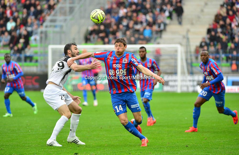 Emiliano SALA / Christophe KERBAT - 25.04.2015 - Caen / Guingamp - 34eme journee de Ligue 1<br /> Photo : David Winter / Icon Sport