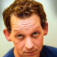 Nederland.Amsterdam.7 januari 2003..klapstoel.Joep Onderlinden, acteur.