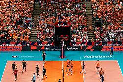21-09-2019 NED: EC Volleyball 2019 Netherlands - Germany, Apeldoorn<br /> 1/8 final EC Volleyball / Centercourt view Thijs Ter Horst #4 of Netherlands, Nimir Abdelaziz #14 of Netherlands, Wessel Keemink #2 of Netherlands, support