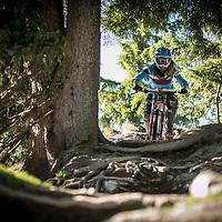 Downhill mountainbiking in Bikepark Leogang for Bikefreak Magazine