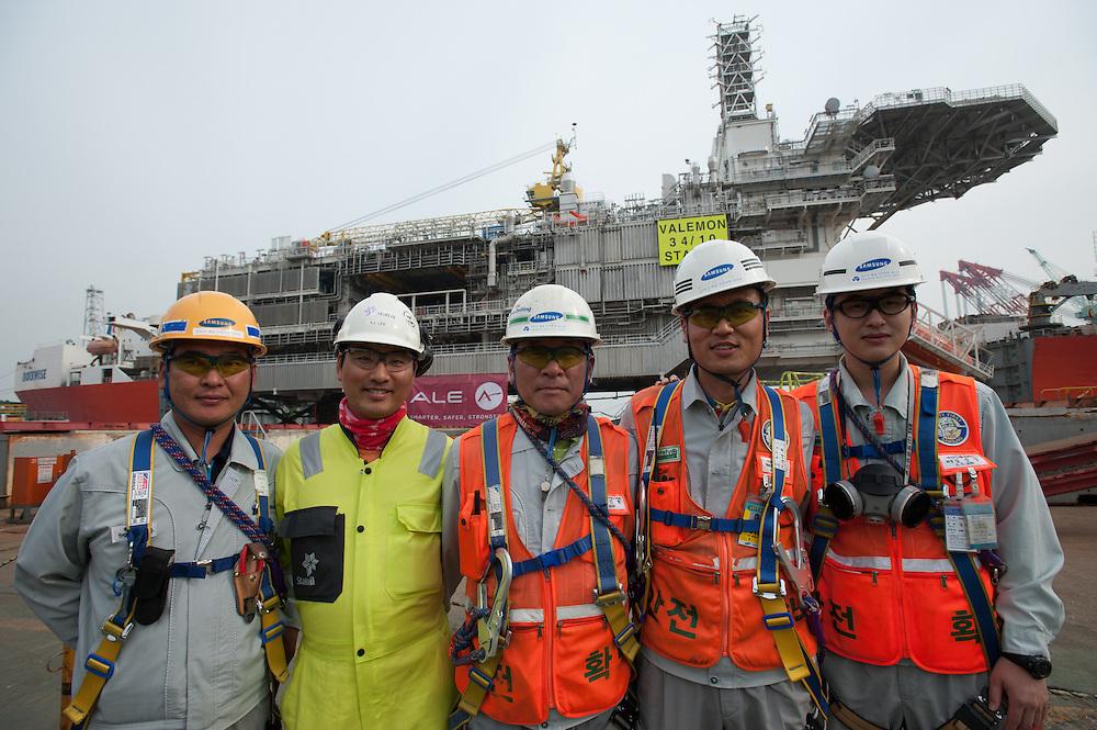 Statoil's Valemon Topside is loaded for shipment at the Samsung Shipyard on Geoje Island in South Korea on Sunday, June 1, 2014. (Ben Weller/AP/Statoil)