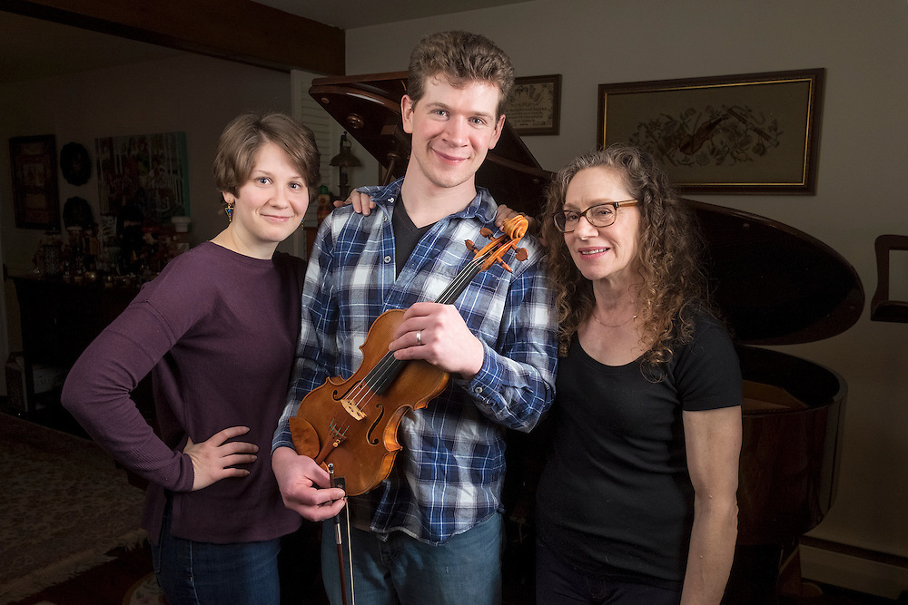 The Brown, Waterson, Brown Trio February 19, 2017 i West Chester PA. David Brown, Kaitlyn Waterson and Jodie Brown. © Ed Hille