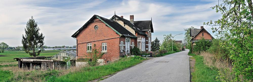 Wohn- und Gewächshäuser am Hofschlager Deich