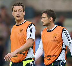 MOSCOW, RUSSIA - Tuesday, May 20, 2008: Chelsea's captain John Terry and Frank Lampard during training ahead of the UEFA Champions League Final against Manchester United at the Luzhniki Stadium. (Photo by David Rawcliffe/Propaganda)