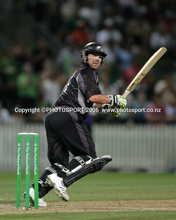 NZ batsman Mark Gillespie in action during the 3rd Chappell Hadlee one day match at Seddon Park, Hamilton, New Zealand on Tuesday 20 February 2007. Photo: Andrew Cornaga/PHOTOSPORT<br /><br /><br />200207