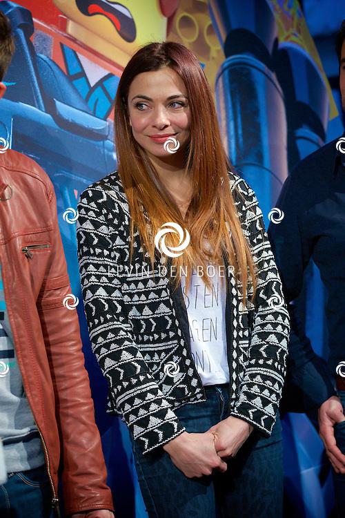 UTRECHT - Op de Neude te Utrecht presenteerde Lego hun filmtruck.  Met op de foto Georgina Verbaan. FOTO LEVIN DEN BOER - PERSFOTO.NU