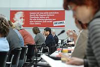 27 MAR 2007, BERLIN/GERMANY:<br /> Uebersicht Fraktionssitzung der Fraktion Die Linke, Fraktionssitzungssaal, Fraktionsebene, Deutscher Bundestag<br /> IMAGE: 20070327-01-027<br /> KEYWORDS: Übersicht, Abgeordnete, Sitzung,