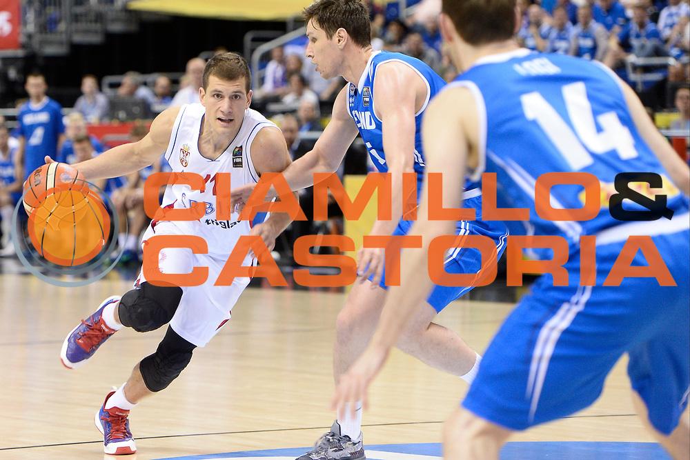 DESCRIZIONE : Berlino Berlin Eurobasket 2015 Group B Serbia Islanda <br /> GIOCATORE :  Nemanja Nedovic<br /> CATEGORIA : Palleggio difesa<br /> SQUADRA :Serbia<br /> EVENTO : Eurobasket 2015 Group B <br /> GARA : Serbia Islanda <br /> DATA : 08/09/2015 <br /> SPORT : Pallacanestro <br /> AUTORE : Agenzia Ciamillo-Castoria/I.Mancini <br /> Galleria : Eurobasket 2015 <br /> Fotonotizia : Berlino Berlin Eurobasket 2015 Group B Serbia Islanda