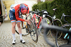 Christine Majerus checks her tyres are clean at Pajot Hills Classic 2017. A 121 km road race on March 29th 2017 in Gooik, Belgium. (Photo by Sean Robinson/Velofocus)