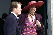 Zijne Hoogheid Prins Floris van Oranje Nassau, van Vollenhoven en mevrouw mr. A.L.A.M. Söhngen zijn donderdag 20 oktober in het stadhuis van Naarden in het burgelijk huwelijk getreden. De prins is de jongste zoon van Prinses Magriet en Pieter van Vollenhoven.<br /> <br /> 20OCT, 2005 - Civil Wedding Prince Floris and Aimée Söhngen. <br /> <br /> Civil Wedding Prince Floris and Aimée Söhngen in Naarden. The Prince is the youngest son of Princess Margriet, Queen Beatrix's sister, and Pieter van Vollenhoven. <br /> <br /> Op de foto / On the photo;<br /> <br /> <br /> Zijne Koninklijke Hoogheid Prins Constantijn der Nederlanden en Hare Koninklijke Hoogheid Prinses Laurentien der Nederlanden<br /> <br /> His royal highness prince Constantijn of the The Netherlands and her royal highness princess Laurentien of the The Netherlands