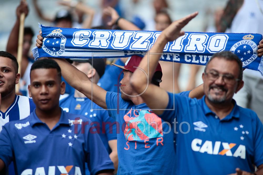 Torcida do Cruzeiro na partida válida pela 1ª rodada da Primeira Liga 2017 entre Cruzeiro x Atlético MG, na noite de quarta (01), no estádio Mineirão. Foto: Erwin Oliveira/FramePhoto
