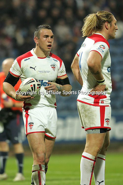 07/11/2009 Four Nations International Rugby League - England v New Zealand.<br />England's Kevin Sinfield and Eorl Crabtree.<br />Photo: Matt Roberts/Offside