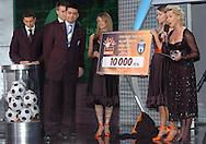 n/z.: (R) Iwona Kossmann (Orange) podczas Gali Tygodnika Pilka Nozna ; sezon 2006/2007 , pilka nozna , Polska , Warszawa , 16-12-2006 , fot.: Adam Nurkiewicz / mediasport..(R) Iwona Kossmann (Orange) during Pilka Nozna Weekly Night in Sheraton Hotel. December 16, 2006 ; season 2006/2007 , football , Poland , Warsaw ( Photo by Adam Nurkiewicz / mediasport )