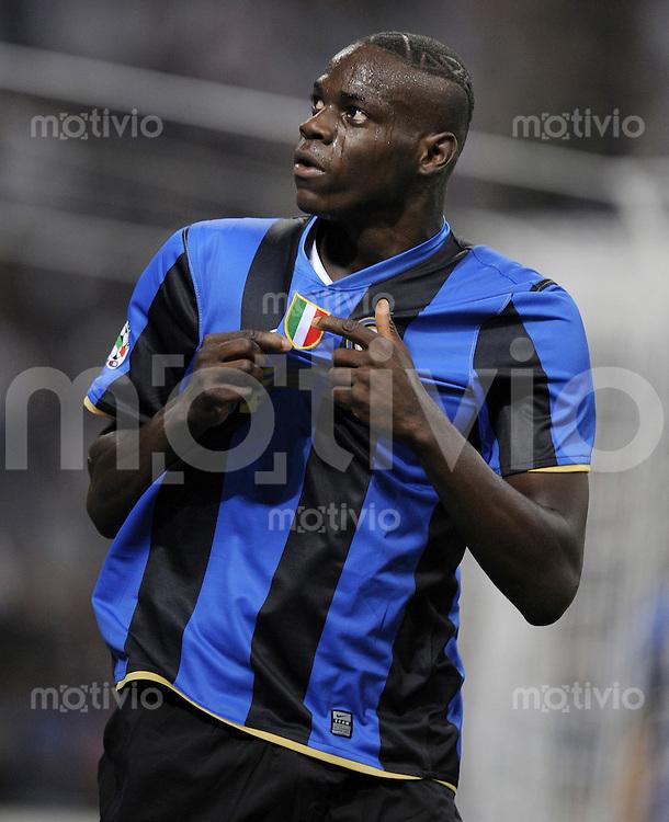 FUSSBALL INTERNATIONAL   SERIE A   SAISON 2008/2009    Inter Mailand - AC Siena                 17.05.2009 JUBEL Inter, Mario Balotelli