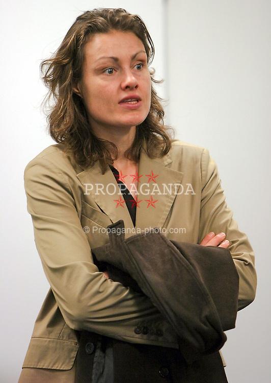 16.03.2011, HSV, Deutschland, Katja Kraus und der HSV haben sich .einvernehmlich getrennt im Bild Archivfoto Katja Kraus EXPA Pictures © 2011, PhotoCredit: EXPA/ nph/  Kokenge       ****** out of GER / SWE / CRO  / BEL ******
