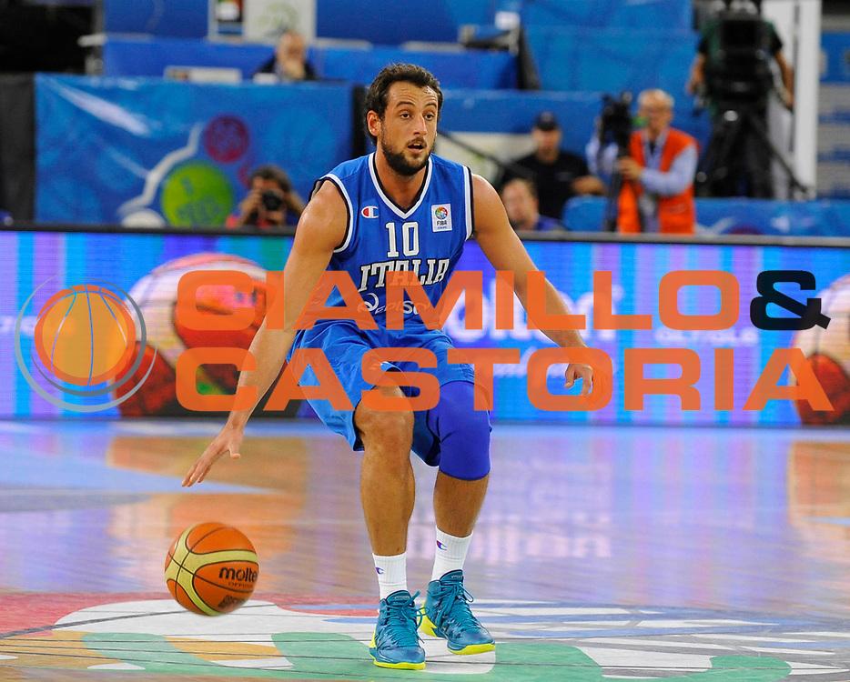 DESCRIZIONE : Lubiana Ljubliana Slovenia Eurobasket Men 2013 Finale Settimo Ottavo Posto Serbia Italia Final for 7th to 8th place Serbia Italy<br /> GIOCATORE : Marco Belinelli<br /> CATEGORIA : palleggio dribble<br /> SQUADRA : Italia Italy<br /> EVENTO : Eurobasket Men 2013<br /> GARA : Serbia Italia Serbia Italy<br /> DATA : 21/09/2013 <br /> SPORT : Pallacanestro <br /> AUTORE : Agenzia Ciamillo-Castoria/H.Bellenger<br /> Galleria : Eurobasket Men 2013<br /> Fotonotizia : Lubiana Ljubliana Slovenia Eurobasket Men 2013 Finale Settimo Ottavo Posto Serbia Italia Final for 7th to 8th place Serbia Italy<br /> Predefinita :
