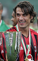 Milano 21/8/2004 Supercoppa Italiana - Italian Supercup Milan Lazio 3-0 Paolo Maldini Milan con la supercoppa<br /> <br /> <br /> <br /> AC Milan's Paolo Maldini with the trophy after winning the Italy Super Cup soccer match between AC Milan and Lazio at the San Siro stadium in Milan, Italy<br /> <br /> <br /> <br /> Foto Andrea Staccioli Graffiti