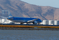 Boeing 787-9 Dreamliner (PH-BHG) operated by KLM departing San Francisco International Airport (KSFO), San Francisco, California, United States of America