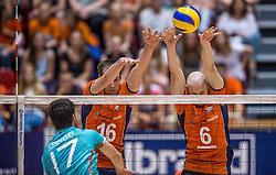 04-06-2016 NED: Nederland - Duitsland, Doetinchem<br /> Nederland speelt de tweede oefenwedstrijd in Doetinchem en verslaat Duitsland opnieuw met 3-1 / David Sossenheimer #17, Wouter ter Maat #16, Jasper Diefenbach #6