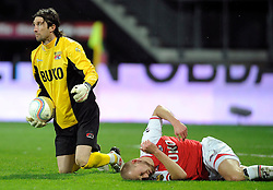 03-04-2010 VOETBAL: AZ - FC UTRECHT: ALKMAAR<br /> FC Utrecht verliest met 2-0 van AZ / Joey Dudilica en Ragnar Klavan<br /> ©2010-WWW.FOTOHOOGENDOORN.NL