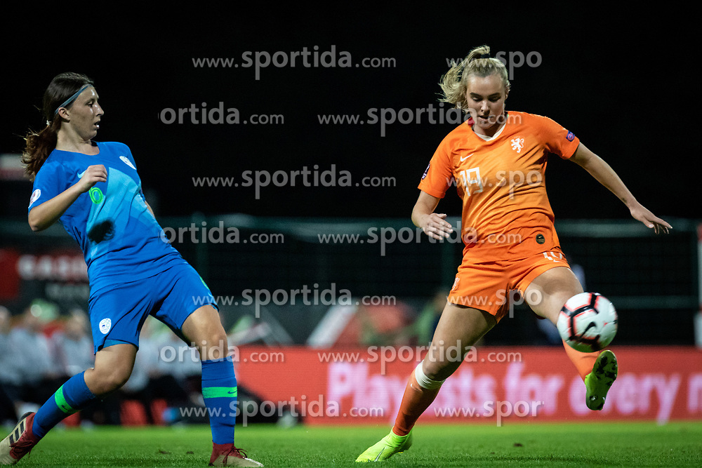 Kaja Korošec of Slovenia and Jil Roord of Nederland  during football match between Slovenia and Nederland in qualifying Round of Woman's qualifying for EURO 2021, on October 5, 2019 in Mestni stadion Fazanerija, Murska Sobota, Slovenia. Photo by Blaž Weindorfer / Sportida