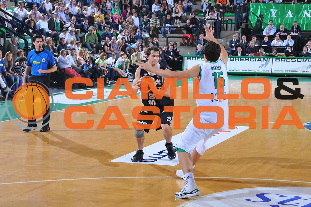 DESCRIZIONE : Treviso Lega A 2009-10 Basket Benetton Treviso Carife Ferrara<br /> GIOCATORE : Luke Jackson<br /> SQUADRA : Carife Ferrara<br /> EVENTO : Campionato Lega A 2009-2010<br /> GARA : Benetton Treviso Carife Ferrara<br /> DATA : 02/05/2010<br /> CATEGORIA : Passaggio<br /> SPORT : Pallacanestro<br /> AUTORE : Agenzia Ciamillo-Castoria/M.Gregolin<br /> Galleria : Lega Basket A 2009-2010 <br /> Fotonotizia : Treviso Campionato Italiano Lega A 2009-2010 Benetton Treviso Carife Ferrara<br /> Predefinita :