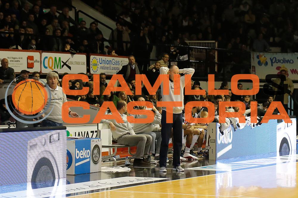 DESCRIZIONE : Caserta Lega A 2014-15 Pasta Reggia Caserta Openjobmetis Varese<br /> GIOCATORE : Zare Markovski<br /> CATEGORIA : ritratto delusione<br /> SQUADRA : Pasta Reggia Caserta<br /> EVENTO : Campionato Lega A 2014-2015<br /> GARA : Pasta Reggia Caserta Openjobmetis Varese<br /> DATA : 21/12/2014<br /> SPORT : Pallacanestro <br /> AUTORE : Agenzia Ciamillo-Castoria/A. De Lise<br /> Galleria : Lega Basket A 2014-2015 <br /> Fotonotizia : Caserta Lega A 2014-15 Pasta Reggia Caserta Openjobmetis Varese